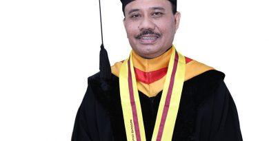 DR. dr.Waldensius Girsang, SpM (K): Penemu Metode Baru Membedah Mata
